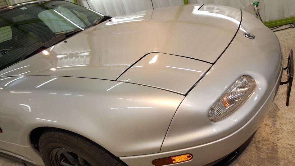 ユーノス・ロードスターのコーティング完成 シルバーのNAロードスターを研磨 塗装の色褪せ対策にセラミックコーティング