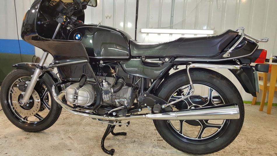 R100RSの磨き・コーティング後の艶 埼玉のバイク磨き専門店