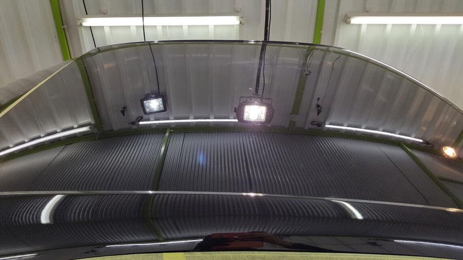 BNR34黒 ルーフのクレーター除去 埼玉の車磨き専門店 濃色車の研磨 ウォータースポット改善