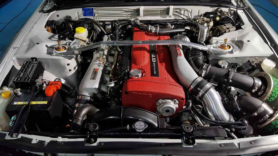 BNR32のエンジンルームコーティング