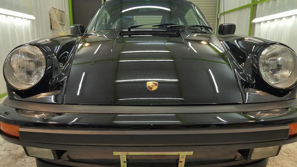 930ターボ 磨き・ナノガラスコーティング施工 埼玉の車磨き専門店 黒ソリッドの研磨