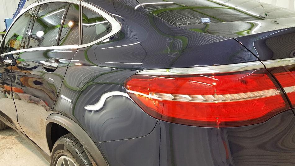 メルセデスベンツ・GLC ドア・フェンダーの磨き後の艶 ナノガラスコーティング施工 埼玉