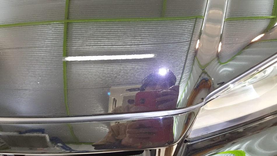 BNR34黒 ボンネットのシミ除去 スカイラインGT‐Rの研磨・コーティング 埼玉の車磨き専門店 ウォータースポットの研磨