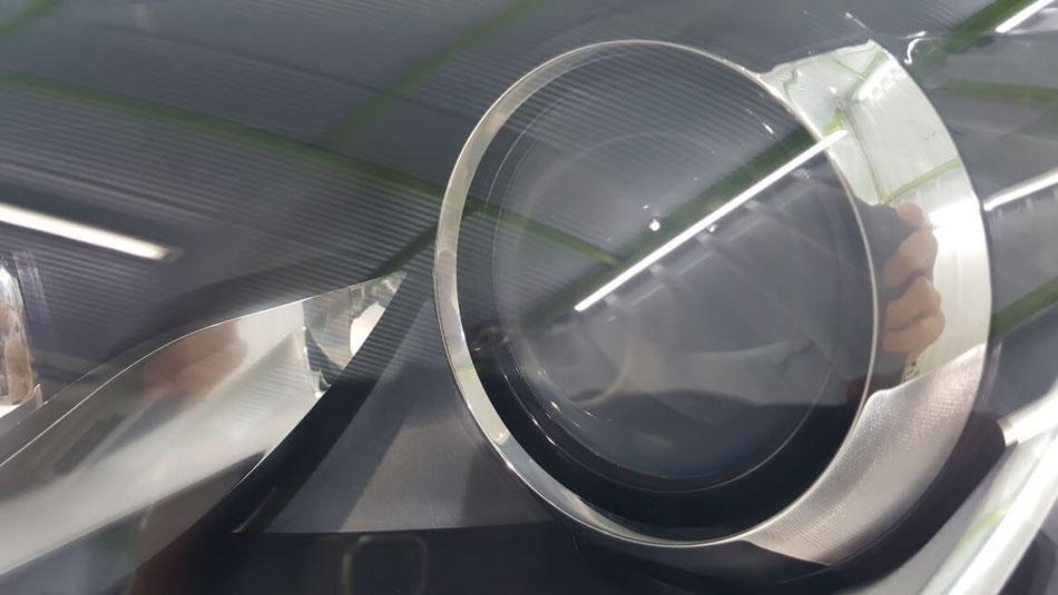 TTクーペのヘッドライト磨き・コーティング完成 ライトのひび改善・白ボケ除去