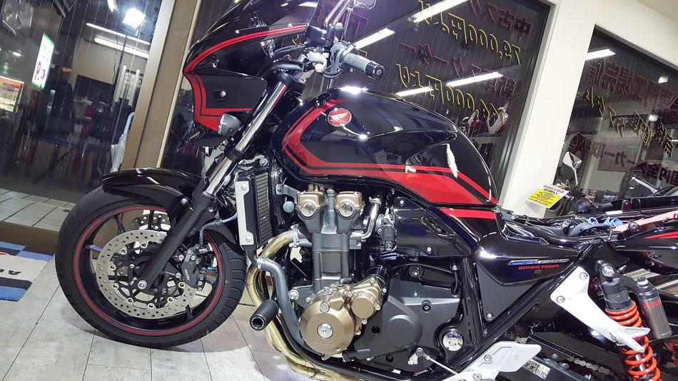 CB1300のコーティング完成 オートショップアオヤマ