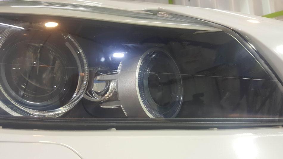 Z4のヘッドライトコーティング完成