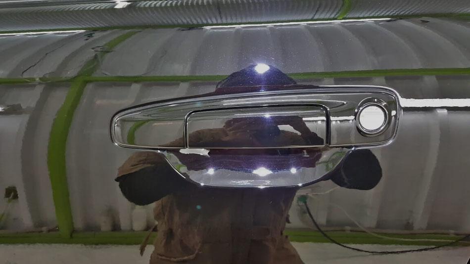 BNR34のドアノブの傷除去 埼玉の車磨き専門店 GT‐Rのコーティング