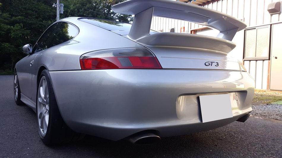 996GT3 ヘッドライトの経年劣化を磨きで改善 埼玉