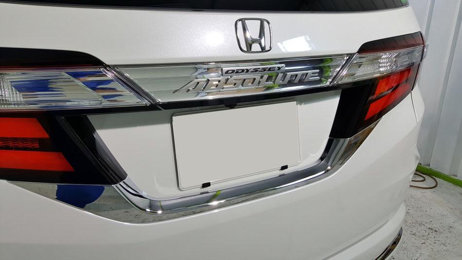ミニバンのコーティング 新車のコーティング 埼玉の車磨き専門店 川越 川口 雨染みが付かない