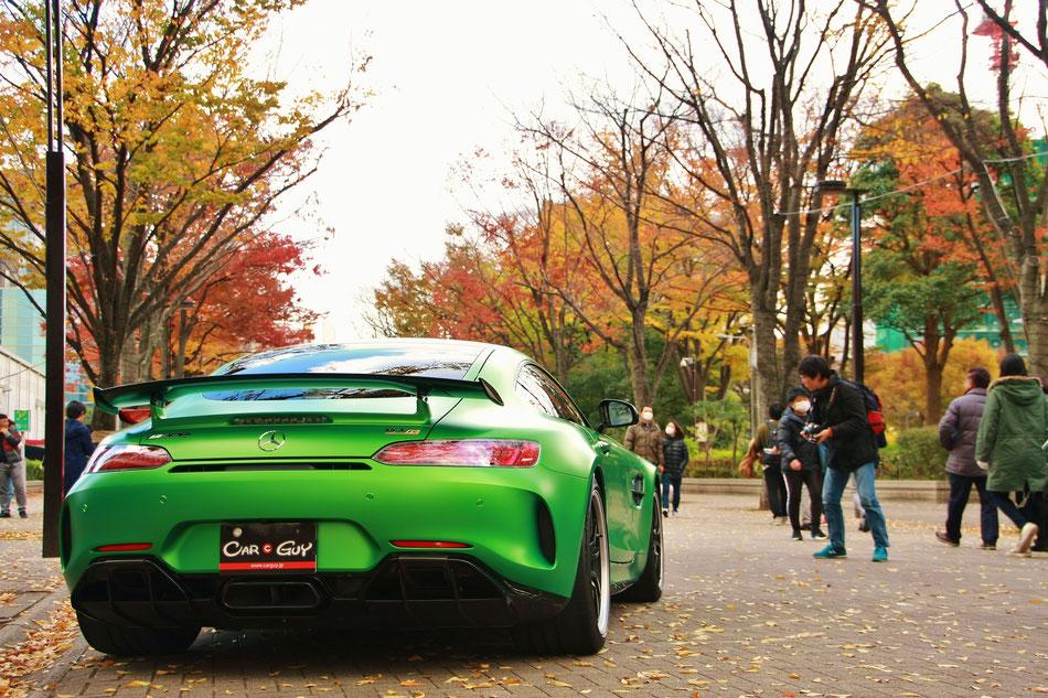 代々木公園 渋谷スポーツカーフェス AMG GTR スーパーカー 紅葉