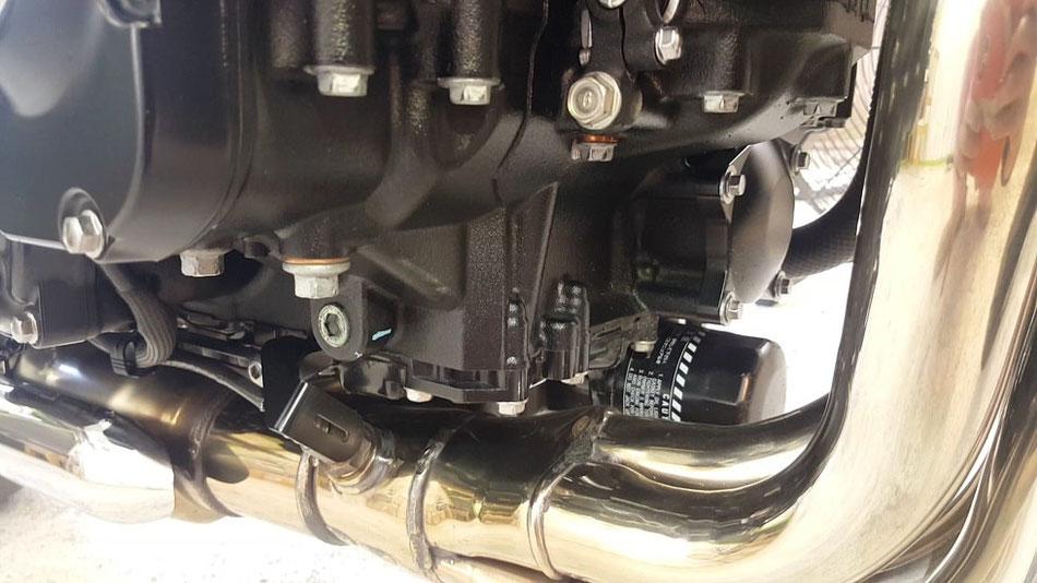 z900rs  セラミックコーティング後はエンジンが汚れない