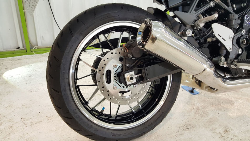Z900RSのホイールコーティング施工 埼玉三芳 バイクコーティング