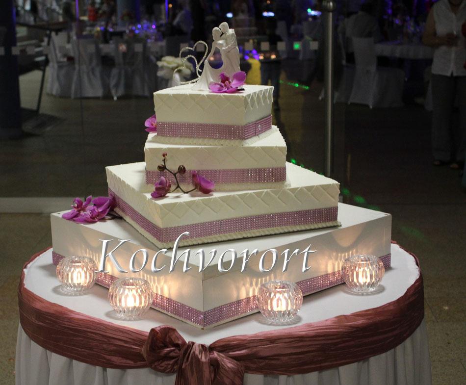 Hochzeitstorte aus Eis