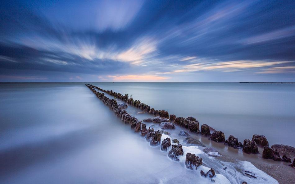 Long exposure IJsselmeerkust Hindeloopen met een belichtingstijd van 300 sec. © Jurjen Veerman
