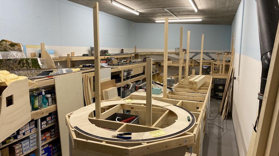 Grundkonstruktion Modelleisenbahnanlage