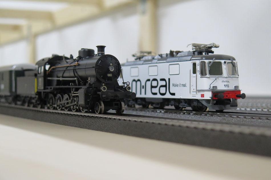 """Stellprobe im neuen Schattenbahnhof: Hag Re 4/4 """"m-real"""" und Märklin Ce 5/6 """"Elefant"""""""