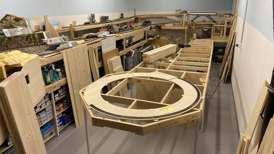 Modelleisenbahn Unterkonstruktion Anlagebau Märklin H0