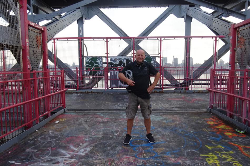 Bild: HDW-USA, Manhattan Bike Trip, Williamsburg Bridge, East River, New York City