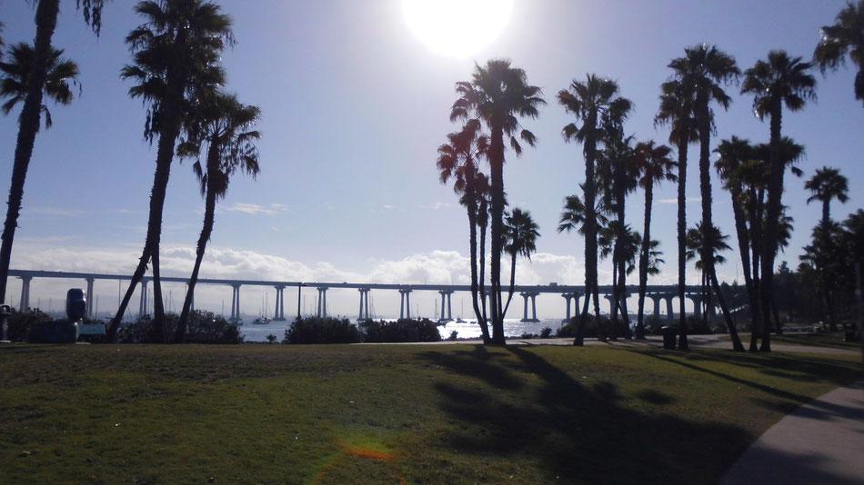 Bild:  Brücke von San Diego nach Coronado