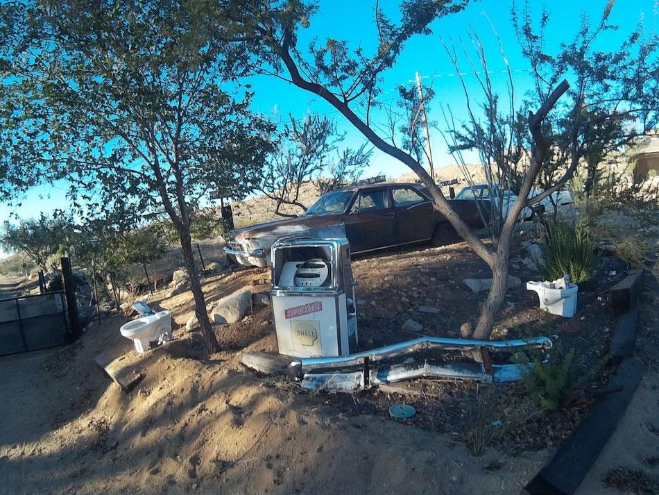 Bild: Route 66, HDW-USA, Mister T. und der Weiße Büffel, Hackberry, Old Shell Pump