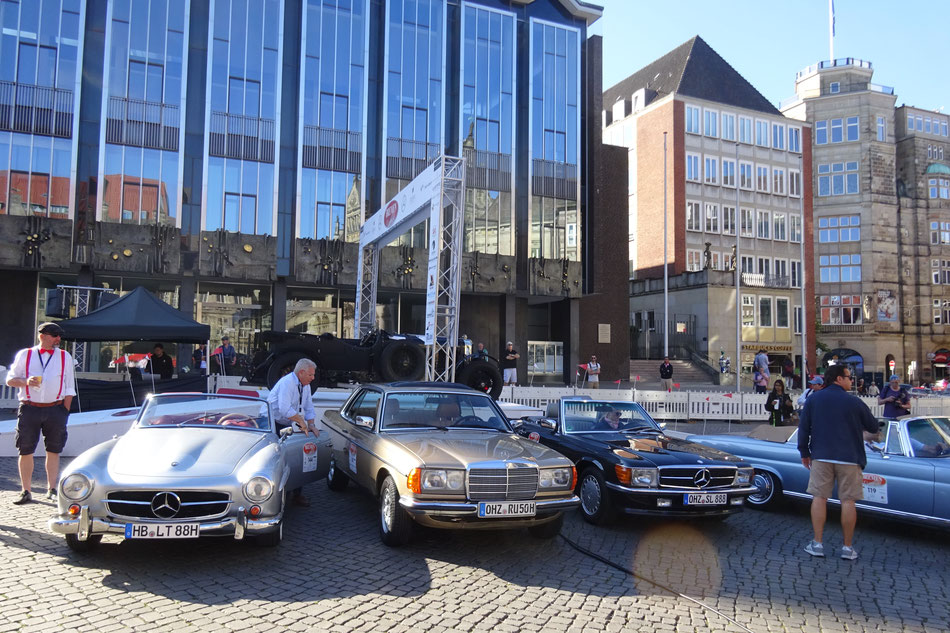 Bild: Bremen Oldtimer Classics; HDW; Road Trip; Oldtimer Rallye; Meredes-Benz Werk Bremen; W123; C123; Classic Cars, SL; Flachkühler