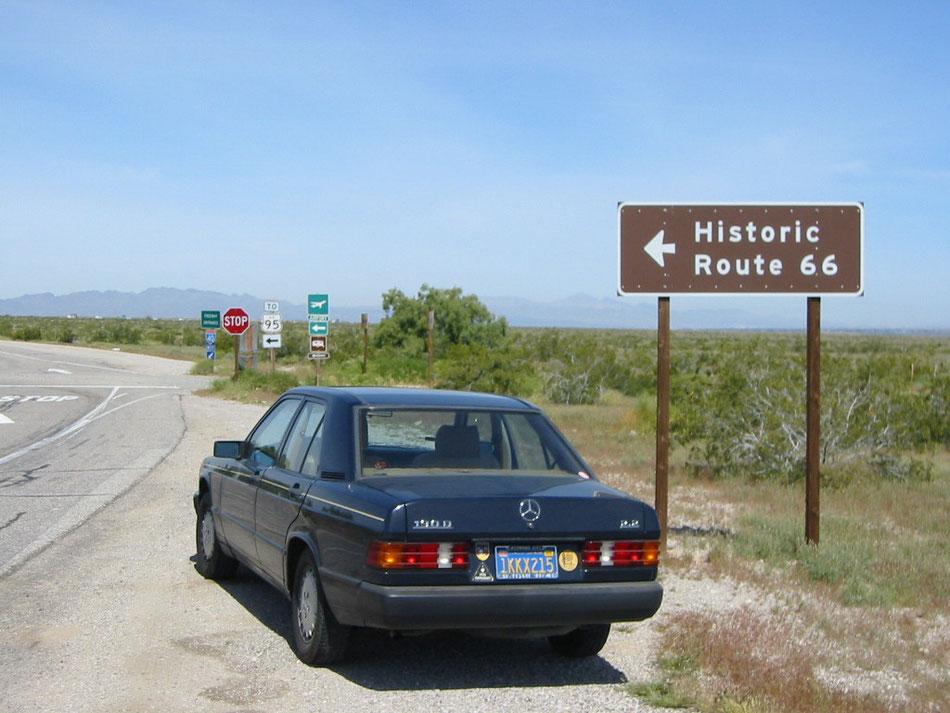 Bild: Mercedes-Benz 190D, Historic Route 66, Historic Car, California