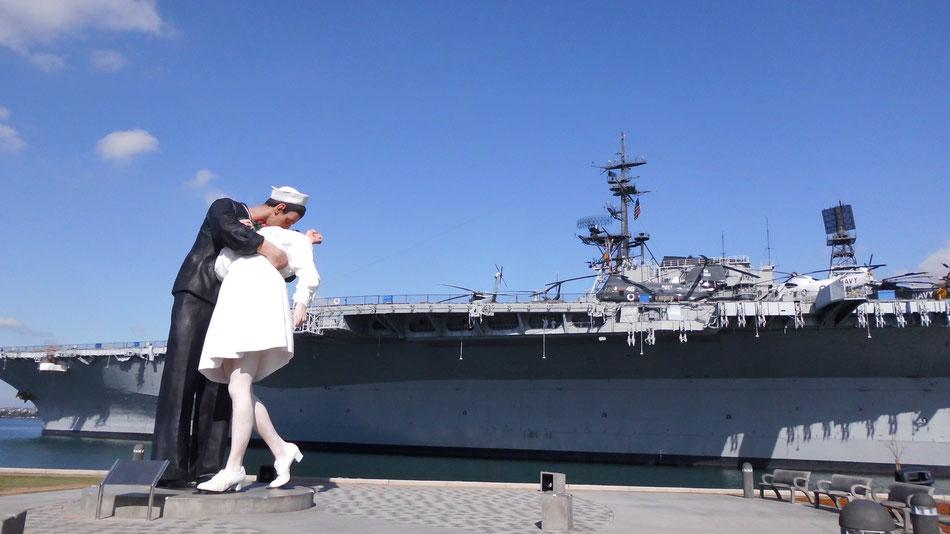 Bild: USS Midway in San Diego