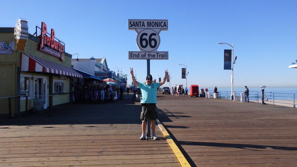 Bild: HDW; Hans-Dieter Wuttke; End of Trail, Route 66 oder NIX, California, Santa Monica Pier