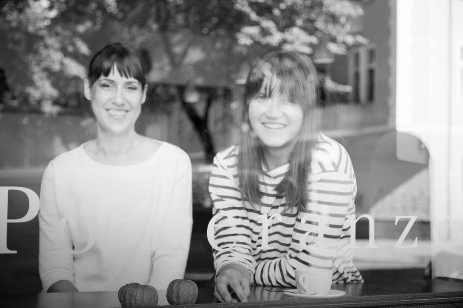 Marlene Modick und Katharina Herrlich in der Pomeranze