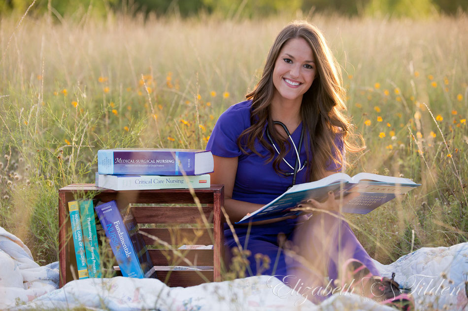 senior photo, nursing student, college senior