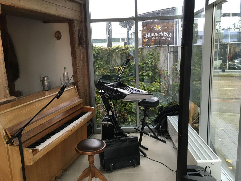 Hochzeitsmusiker, der Klavier spielen kann im Raum Dossenheim