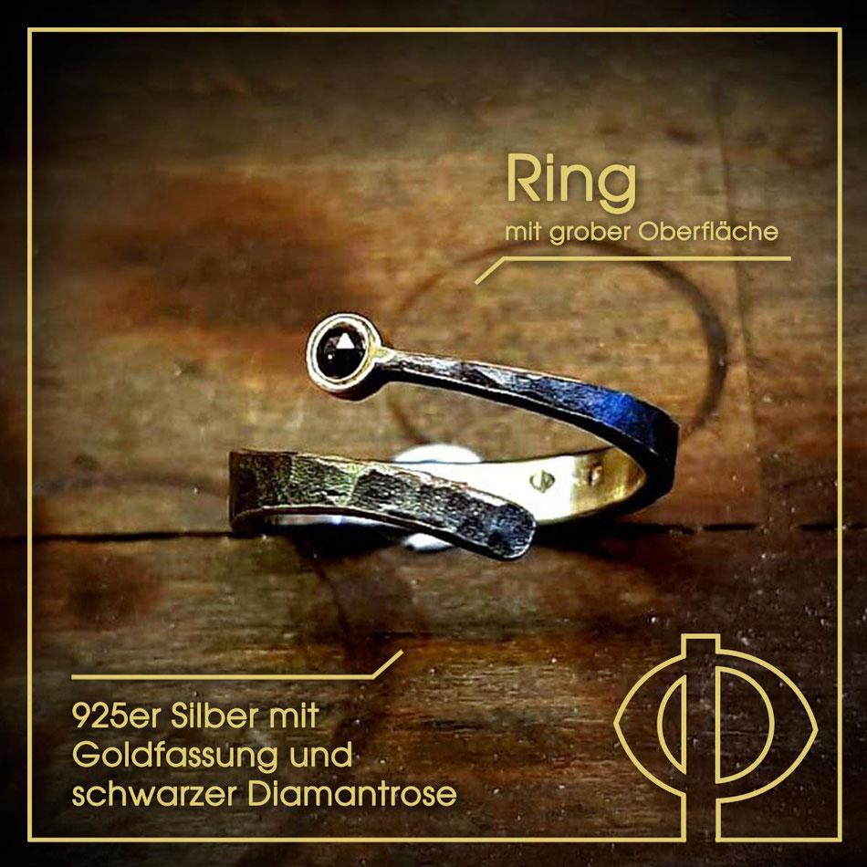 Schmuck aus geschwärztem Silber in der Goldschmiede P. Oellerich, Bremerhaven