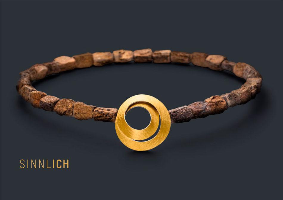 Ausgewählter ManuSchmuck in der Goldschmiede P. Oellerich, Bremerhaven