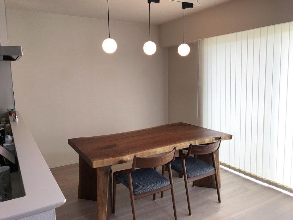 ブラックウォールナット一枚板テーブル広島