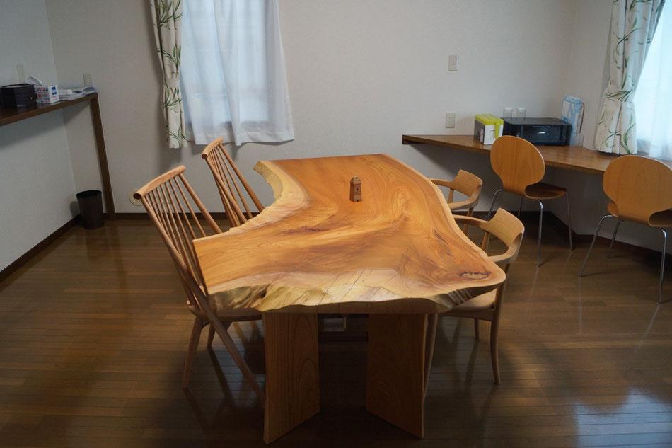 ダイニングテーブル ケヤキ 一枚板
