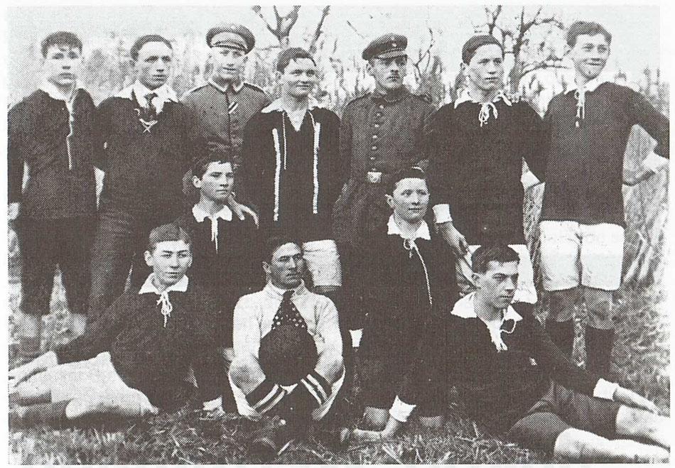 1. Mannschaft im Jahr 1916