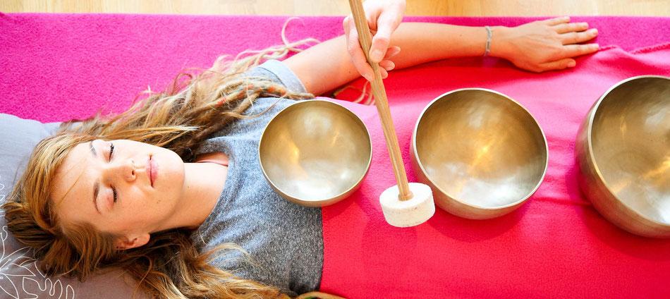 Klangschalenmassage Yoga Room - Genieße heilsame Klänge