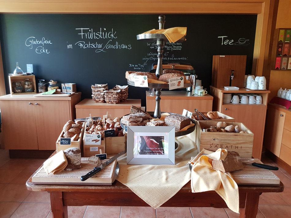 Vielfältiges Frühstücksbuffet vom Ratscher Landhaus