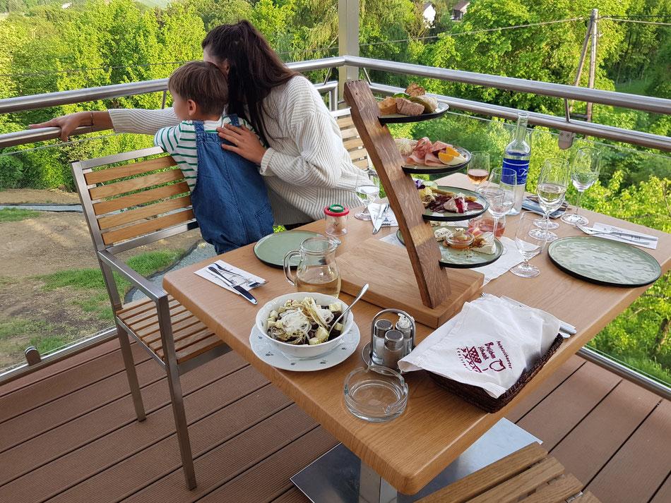 Kinderfreundliche Buschenschänke Südsteiermark: Weingut Teenager