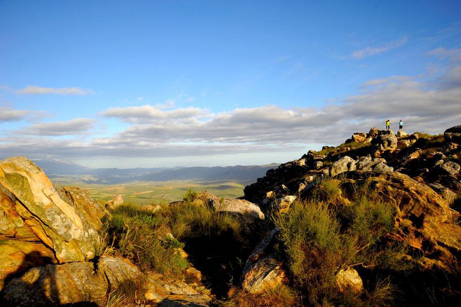 swartberg pass süd afrika in der abendsonne, oudtshorn. auf dem weg nach prince albert.