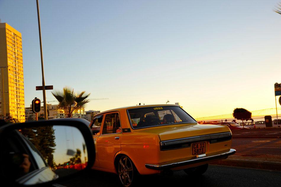 feierabendliche rush hour am green point in kapstadt, immer wieder gibt es coole autos und zahlreiche oldtimer zu entdecken