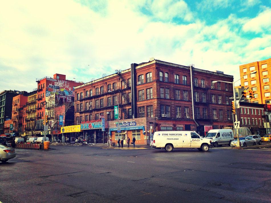 NYC East Village, morgens auf dem Weg zu den besten Bagels der Welt.
