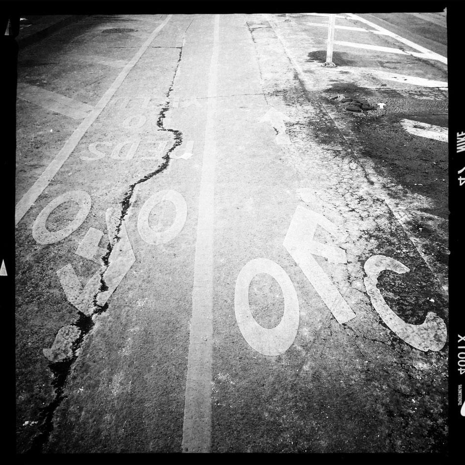 Das Radwegenetz in New York City wird so langsam richtig gut. Offene Augen und Ohren und eine hohe Reaktionsgeschwindigkeit gehören zum Überleben aber weiterhin dazu.