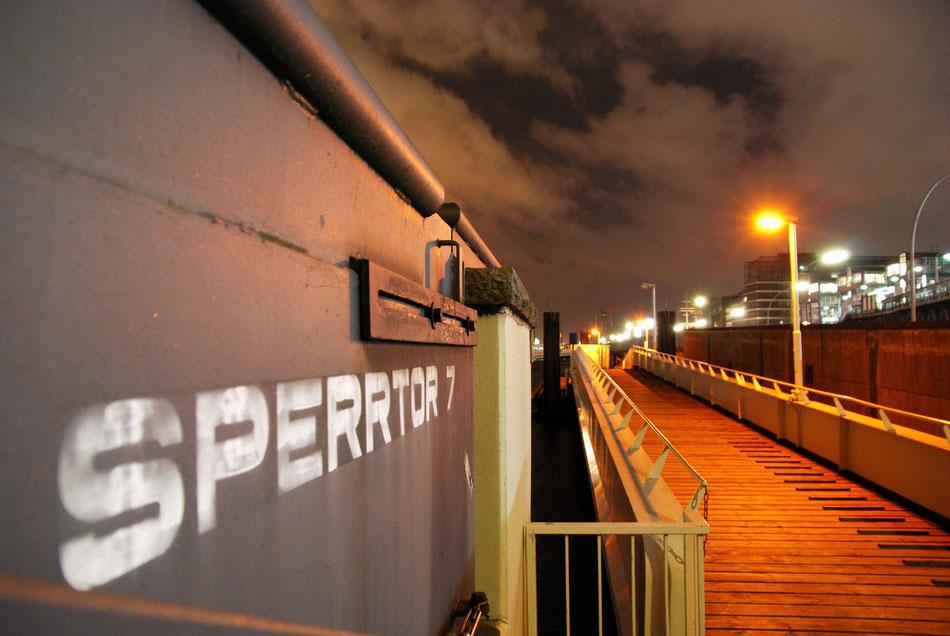 Sperrtor 7 - Ein Stück Hochwasserschutz im Hamburger Hafen das es leider nicht mehr gibt.