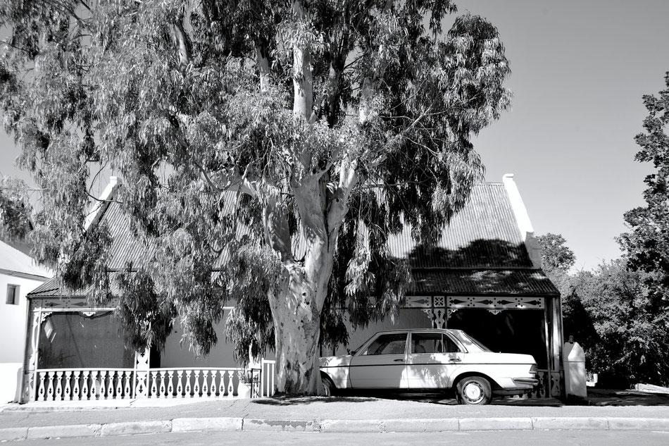 Mercedes W123 in Prince Albert in Süd Afrika.