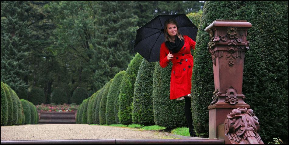 ohlsdorf park hecke roter mantel