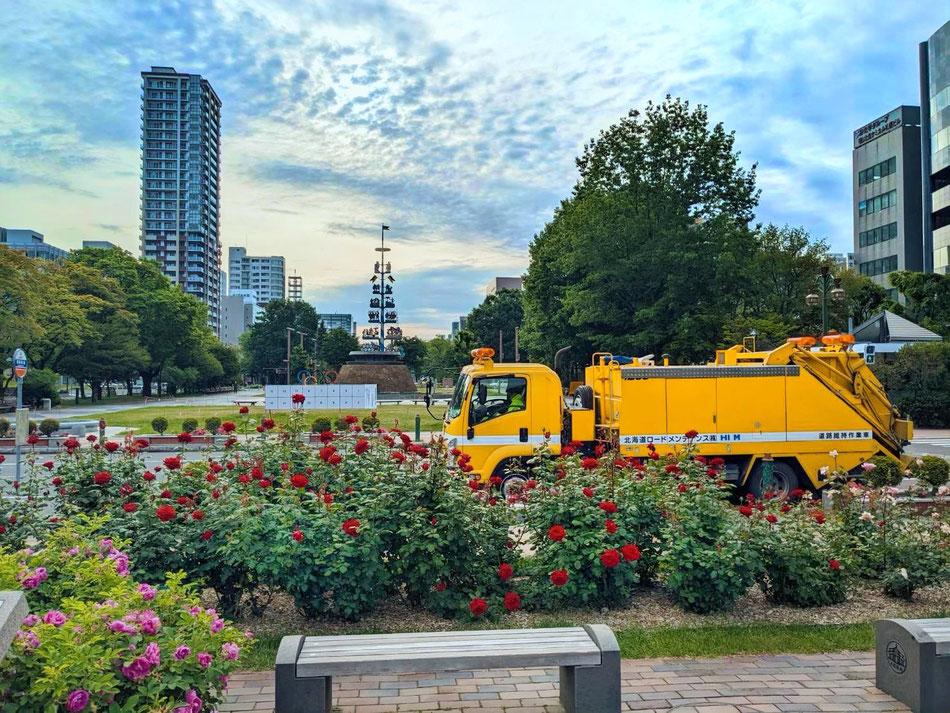 歩道ロータリー除雪作業