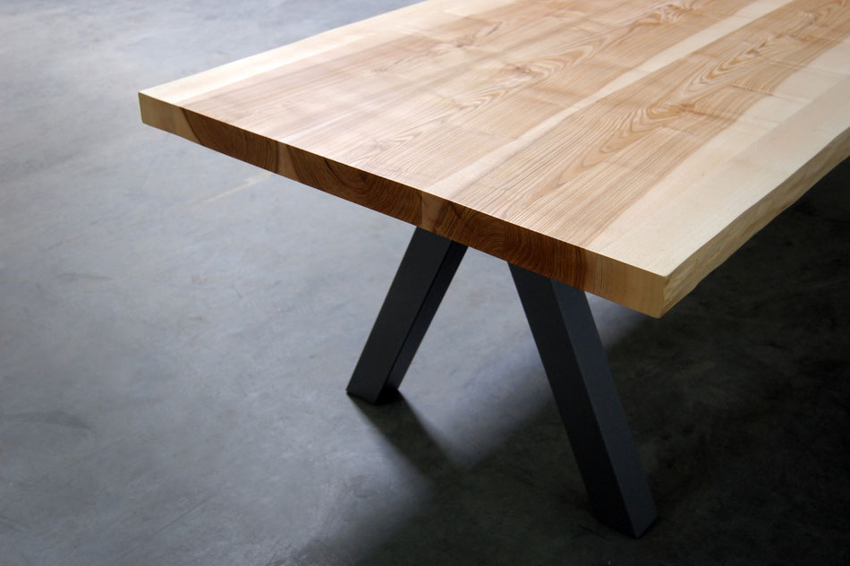 table repas aubier artmeta mobilier sur mesure. Black Bedroom Furniture Sets. Home Design Ideas