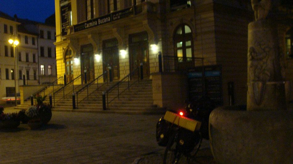 Empty Altenburg and my bicycle and I at 23:00 infront of the ceatre. // Das leere Altenburg, mein Rad und ich um 23:00 Uhr vor the Theater.