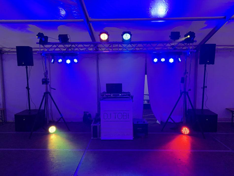 DJ Potsdam, DJ Spreewald, DJ Lausitz, Hochzeit, DJ Anlage, Lautsprecher, Lichteffekte, Party